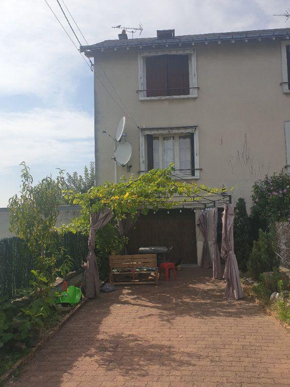 Maison à vendre 4 75m2 à La Chaussée-Saint-Victor vignette-1
