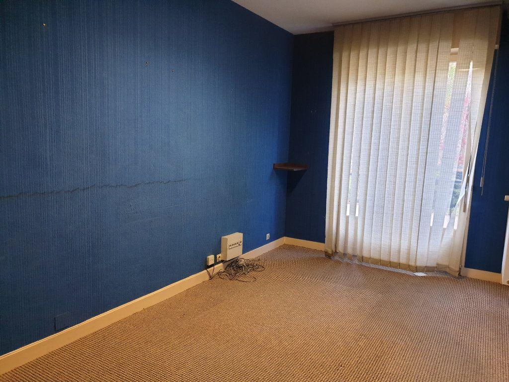 Appartement à vendre 4 90m2 à Blois vignette-3