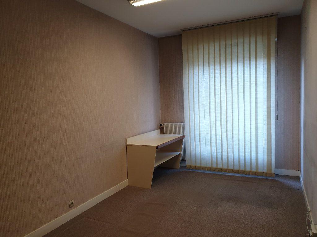 Appartement à vendre 4 90m2 à Blois vignette-4