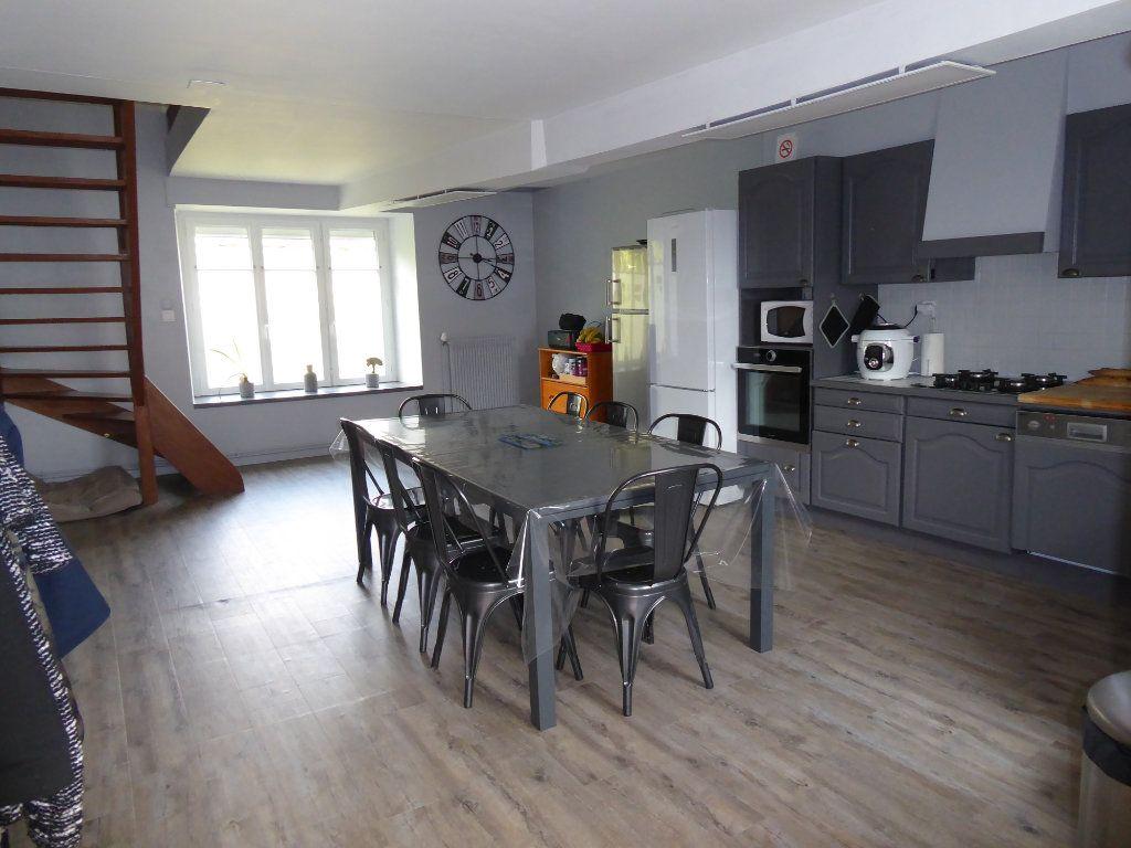 Maison à vendre 5 103m2 à La Chapelle-Saint-Martin-en-Plaine vignette-2