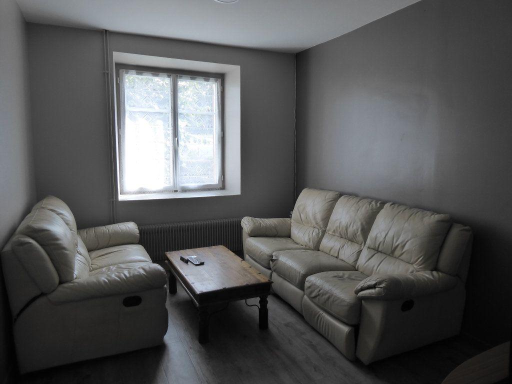 Maison à vendre 5 103m2 à La Chapelle-Saint-Martin-en-Plaine vignette-3