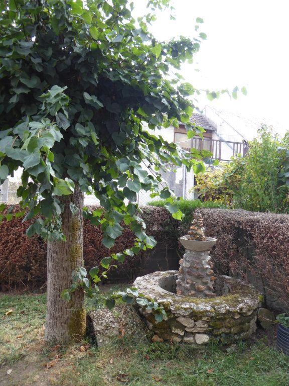 Maison à vendre 5 103m2 à La Chapelle-Saint-Martin-en-Plaine vignette-13