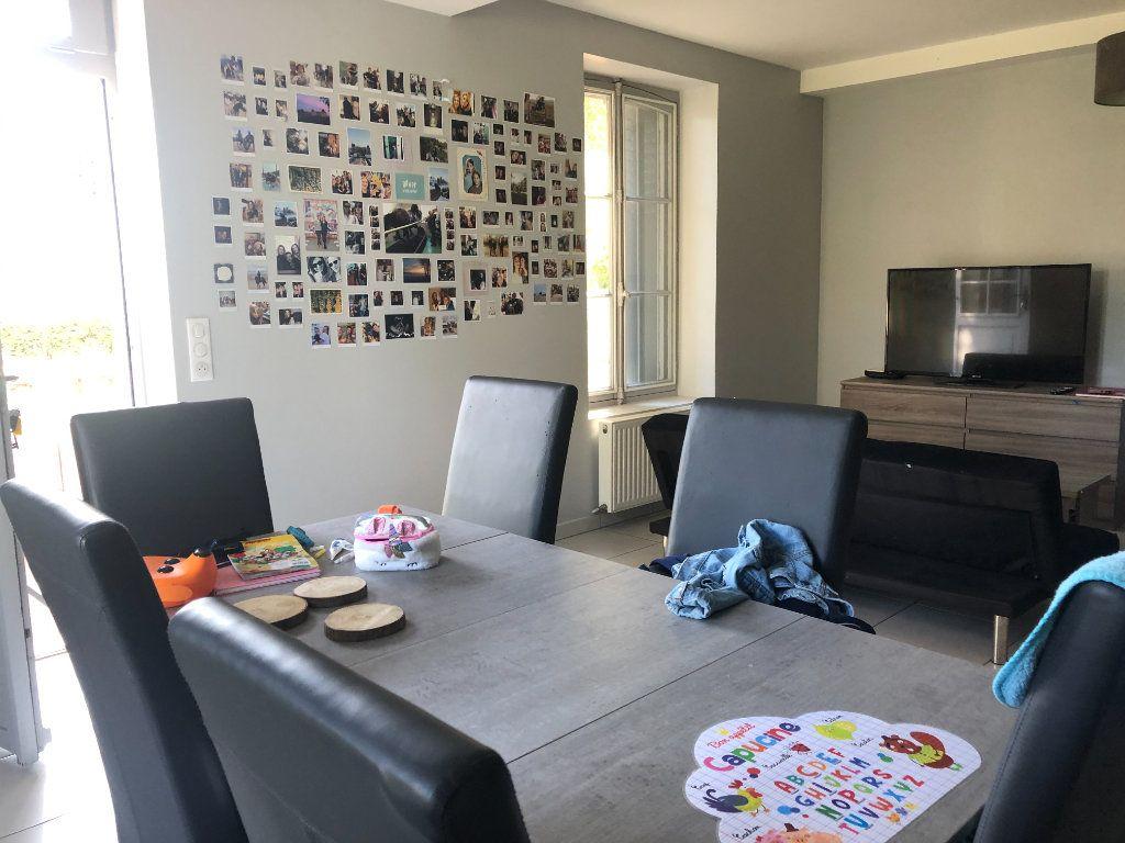 Maison à vendre 4 90m2 à La Ferté-Saint-Cyr vignette-4