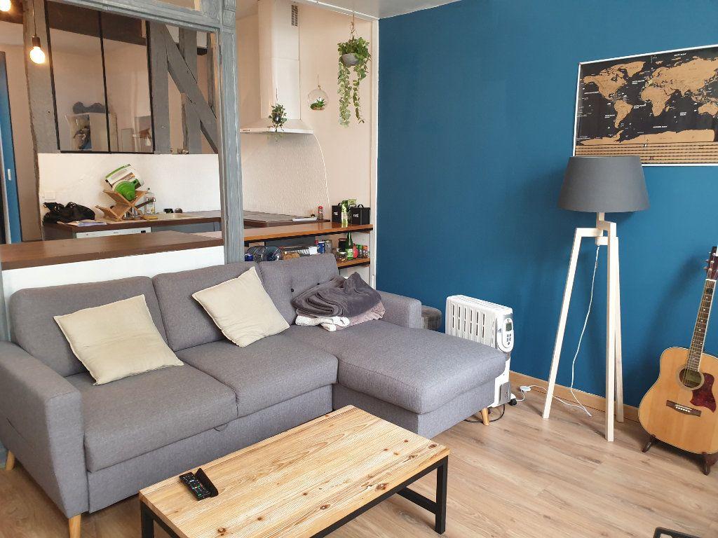 Appartement à vendre 2 50m2 à Blois vignette-1