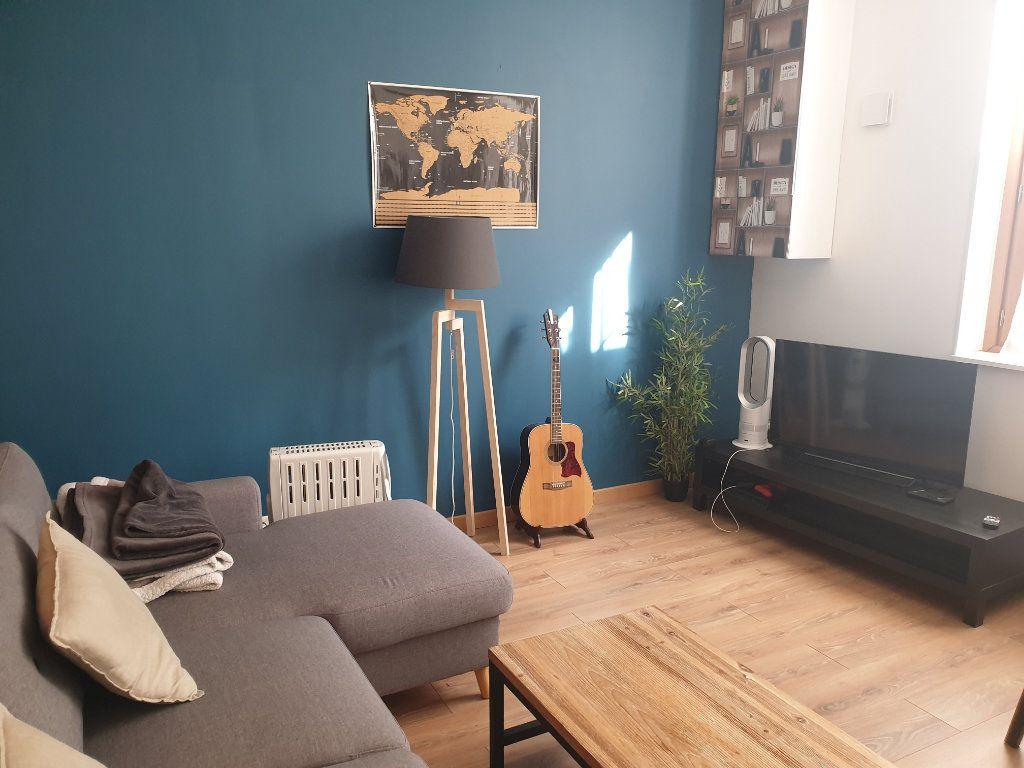 Appartement à vendre 2 50m2 à Blois vignette-4