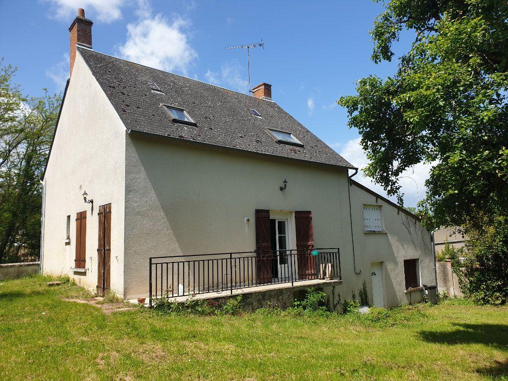 Maison à vendre 4 124m2 à Monthou-sur-Bièvre vignette-1