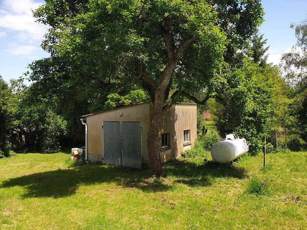 Maison à vendre 4 124m2 à Monthou-sur-Bièvre vignette-3
