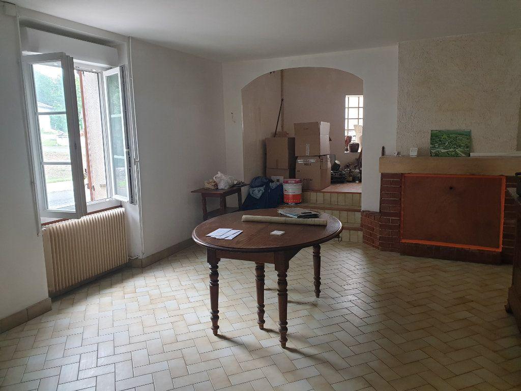 Maison à vendre 4 124m2 à Monthou-sur-Bièvre vignette-4