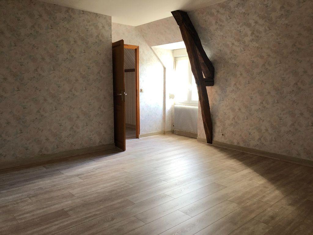 Maison à louer 4 120m2 à Mulsans vignette-6