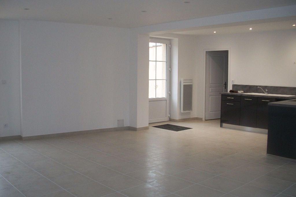 Maison à vendre 4 108m2 à Courbouzon vignette-3