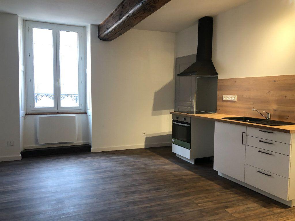 Appartement à louer 3 55m2 à Mer vignette-1