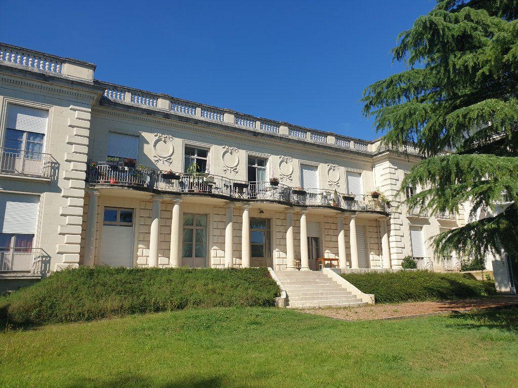 Appartement à vendre 2 59m2 à Blois vignette-1