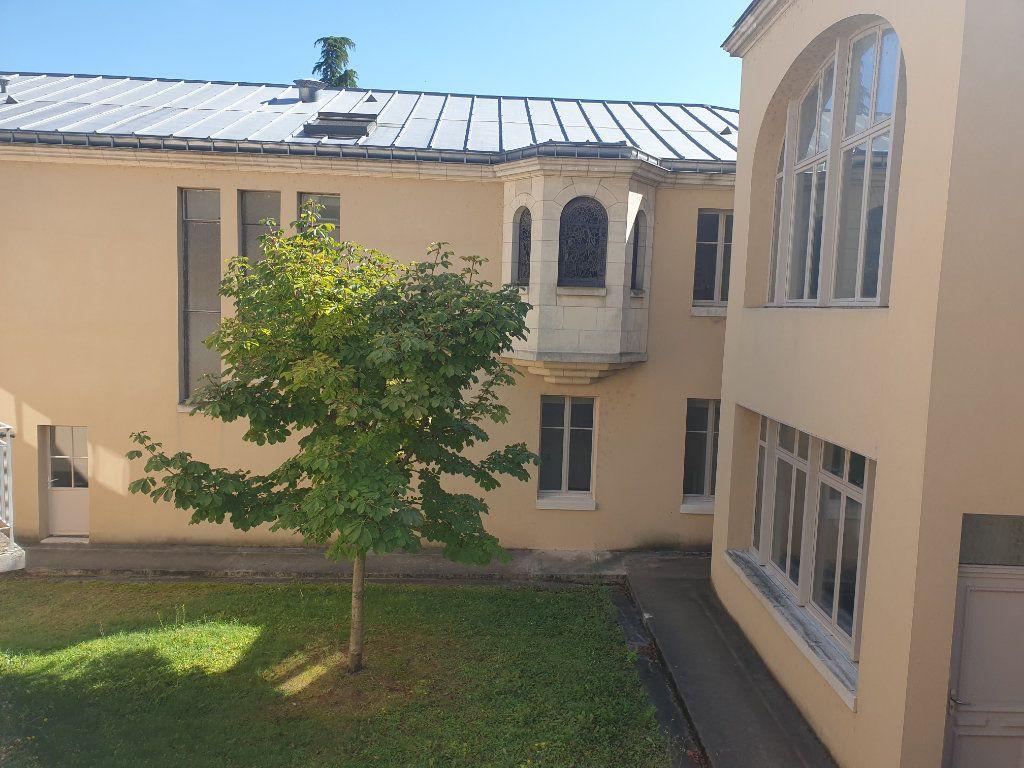 Appartement à vendre 2 59m2 à Blois vignette-2