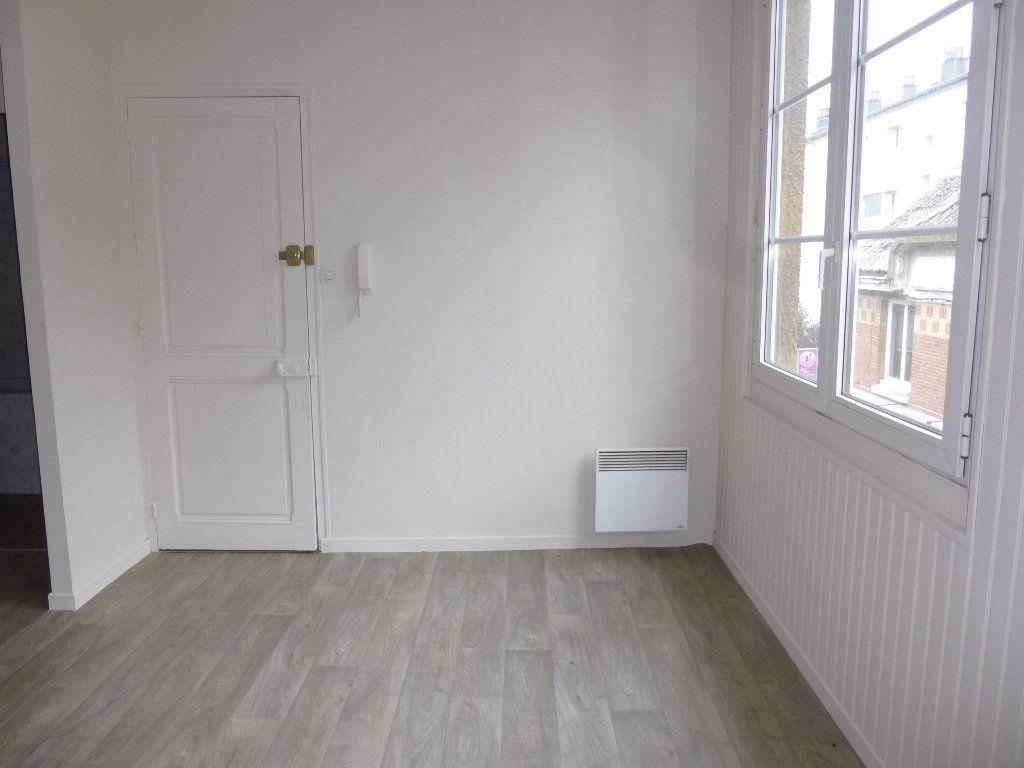 Appartement à louer 3 47.38m2 à Pont-Audemer vignette-4