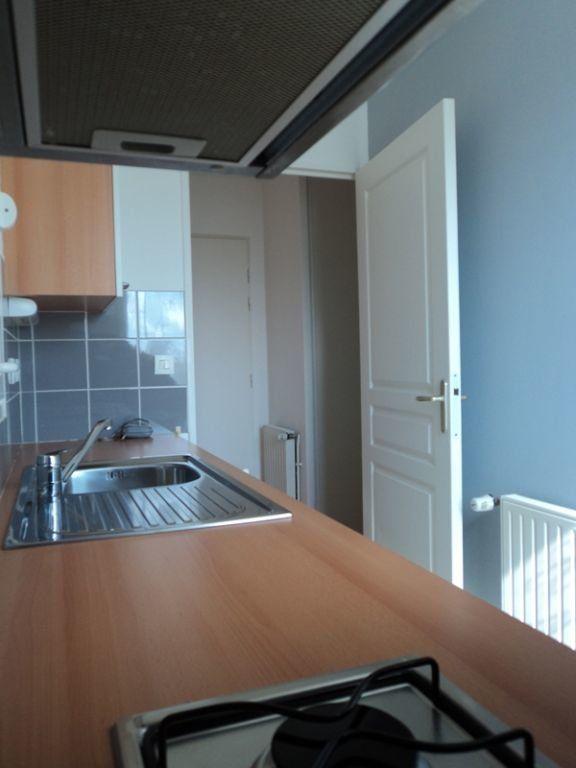 Appartement à louer 2 35.78m2 à Manneville-sur-Risle vignette-3