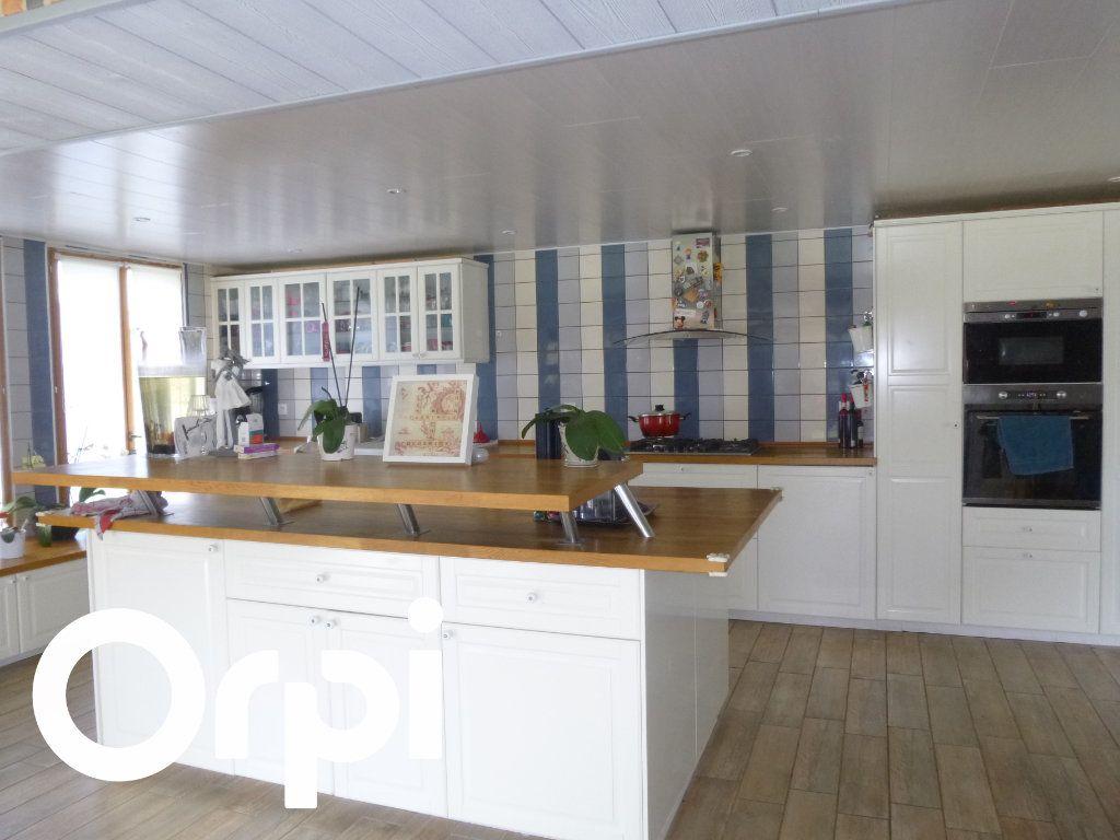Maison à vendre 8 200m2 à Manneville-sur-Risle vignette-1