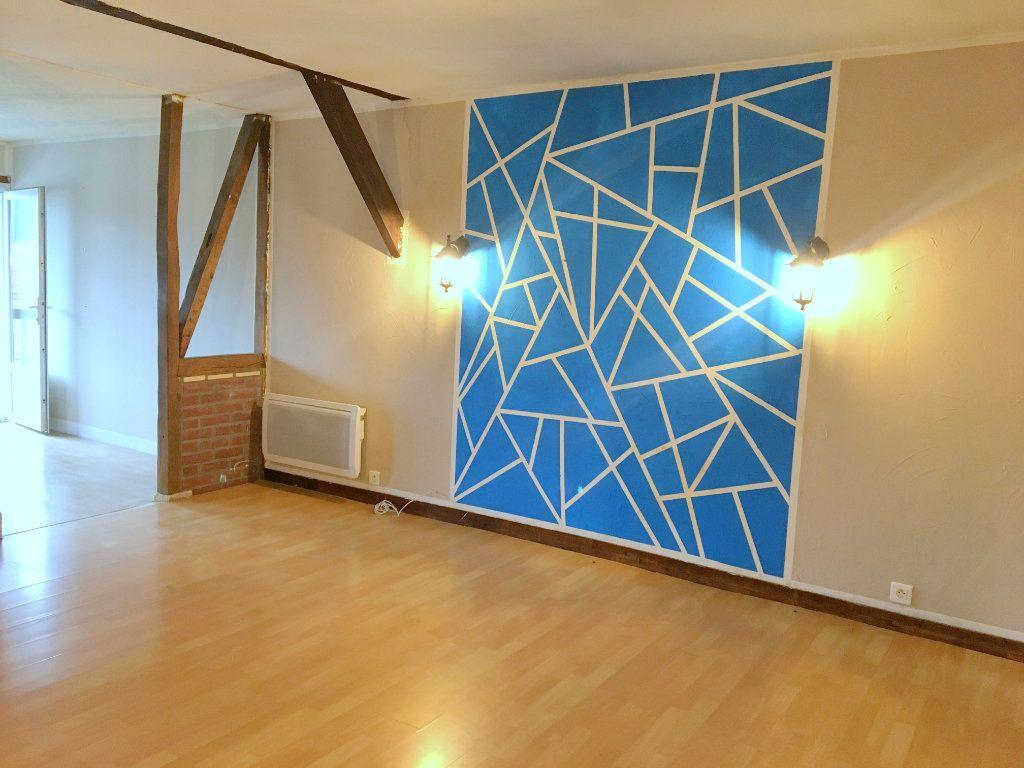 Appartement à louer 3 77m2 à Pont-Audemer vignette-1