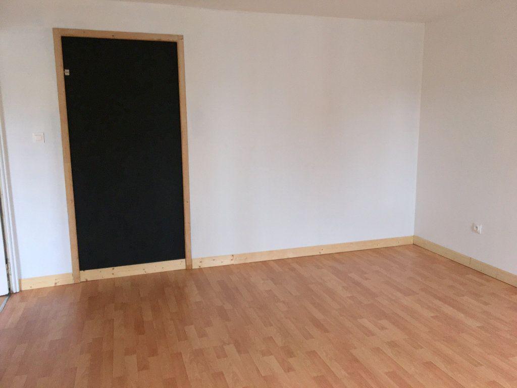 Appartement à louer 3 77m2 à Pont-Audemer vignette-5
