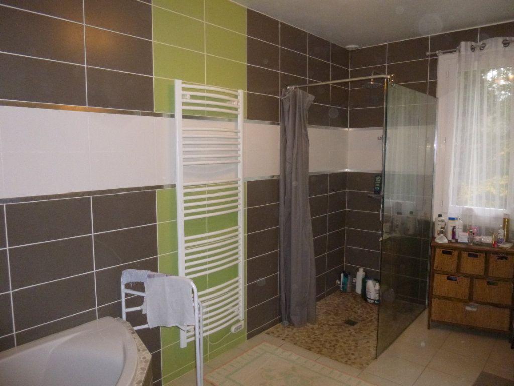 Maison à vendre 4 128m2 à Lieurey vignette-9