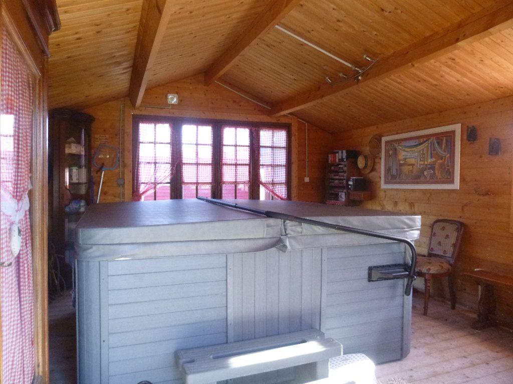 Maison à vendre 6 145m2 à Montfort-sur-Risle vignette-12