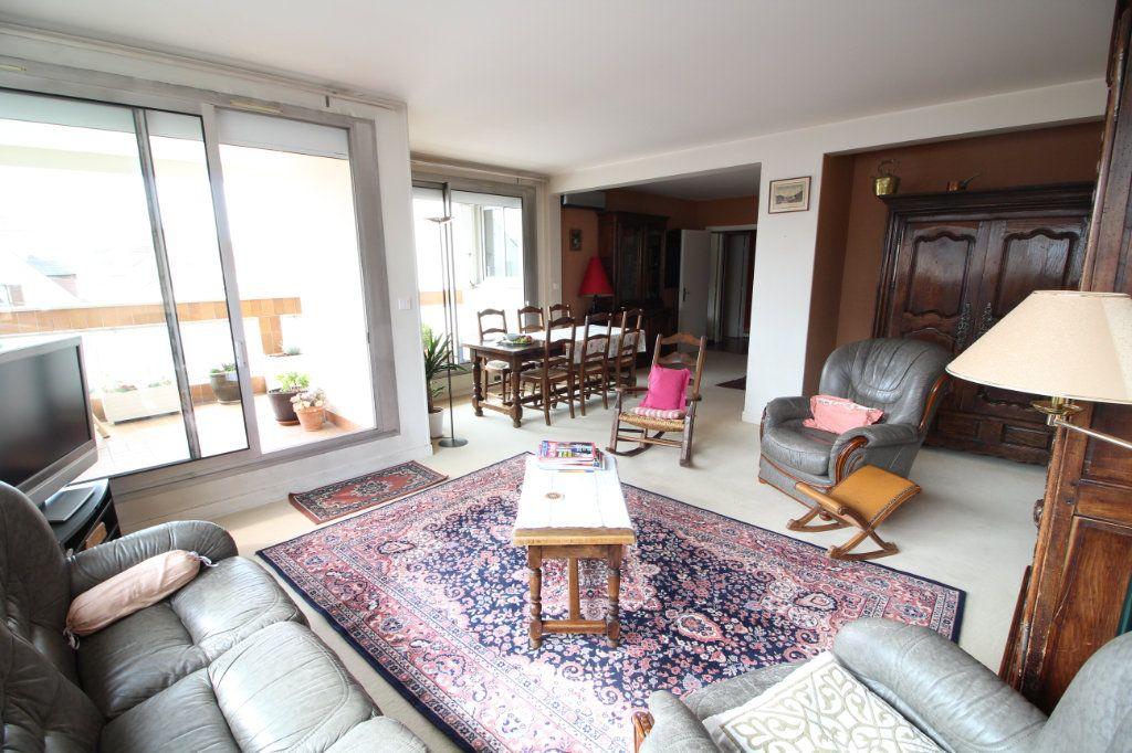 Appartement à vendre 4 112m2 à Meaux vignette-1