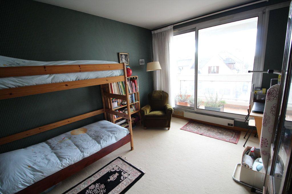 Appartement à vendre 4 112m2 à Meaux vignette-5