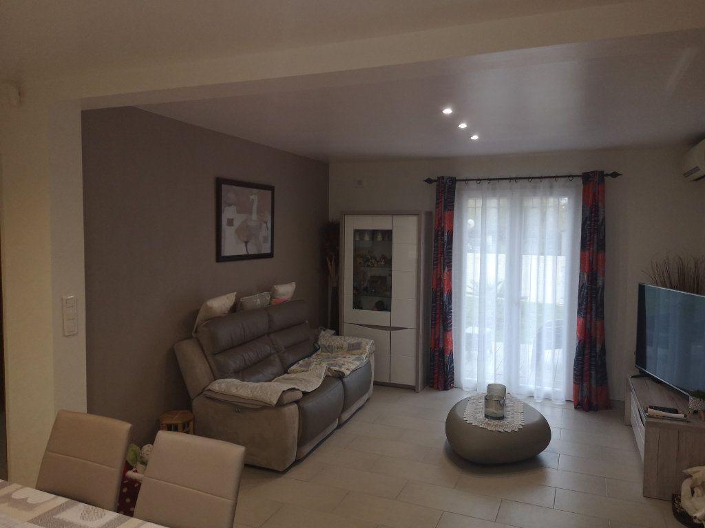 Maison à vendre 5 117m2 à Germigny-l'Évêque vignette-3