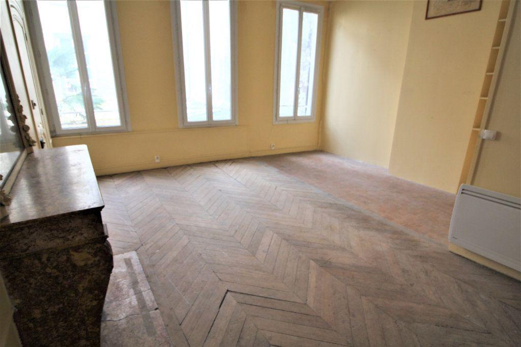 Appartement à vendre 4 88m2 à Meaux vignette-2