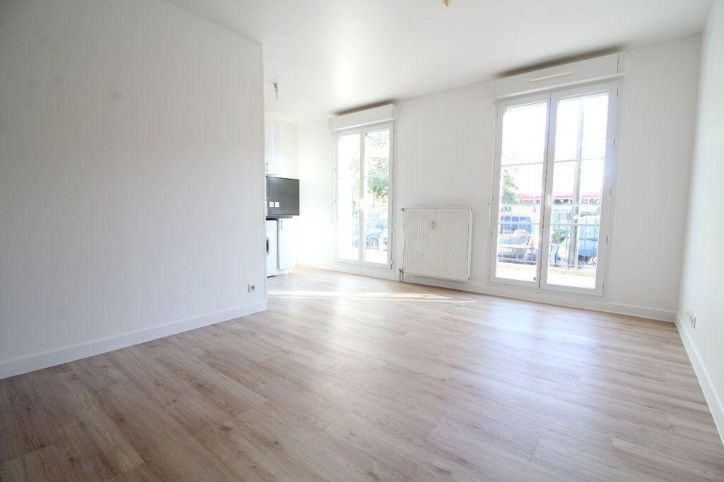 Appartement à vendre 3 52.57m2 à Meaux vignette-1
