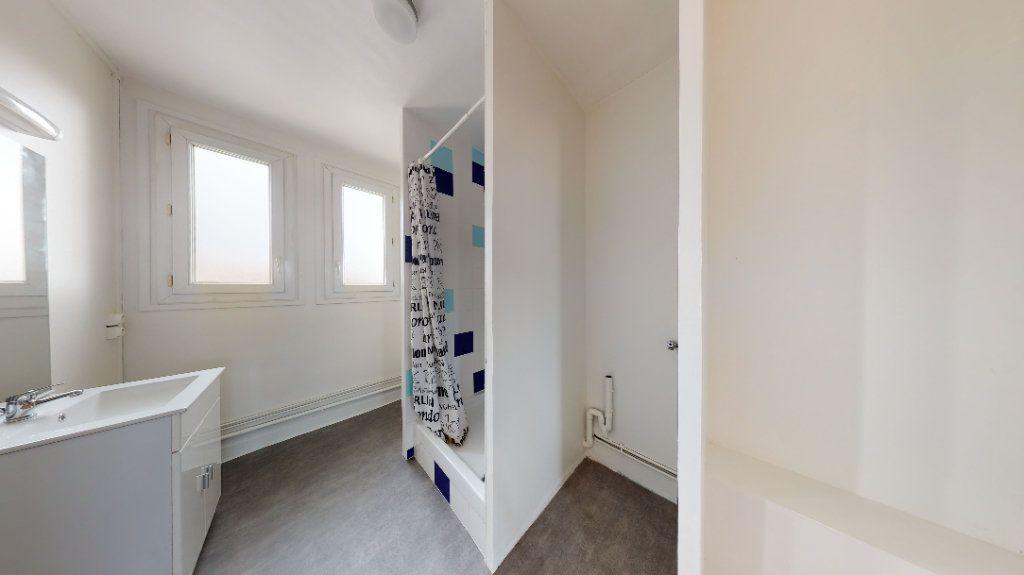 Appartement à louer 2 47.81m2 à Le Havre vignette-7