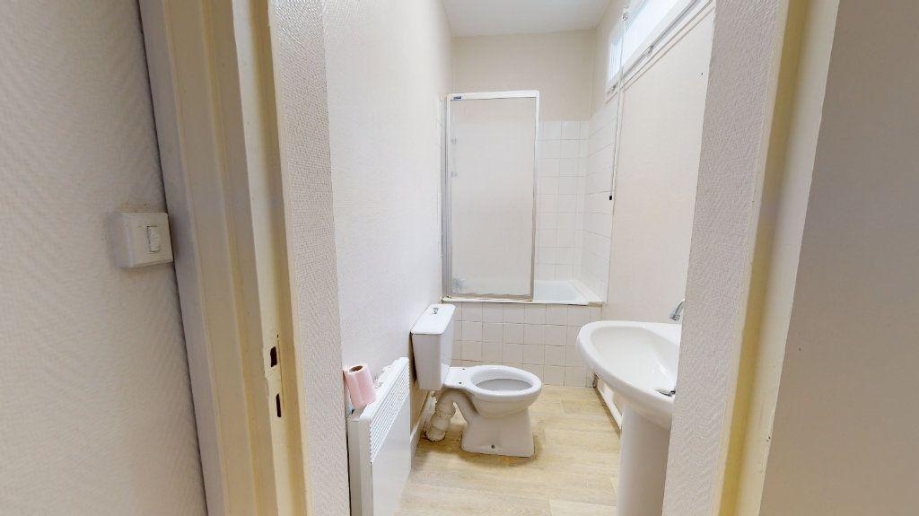 Appartement à louer 1 25.93m2 à Le Havre vignette-6