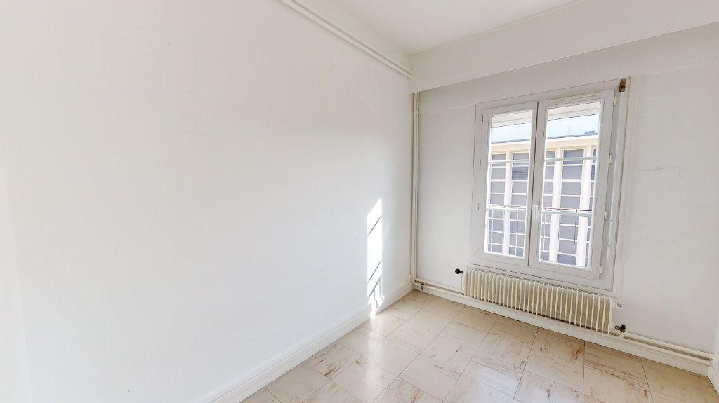 Appartement à louer 3 44.12m2 à Le Havre vignette-6