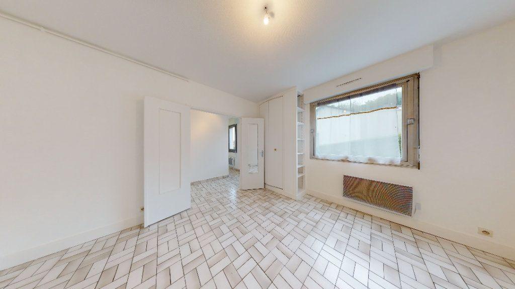 Appartement à louer 1 30.14m2 à Sainte-Adresse vignette-1