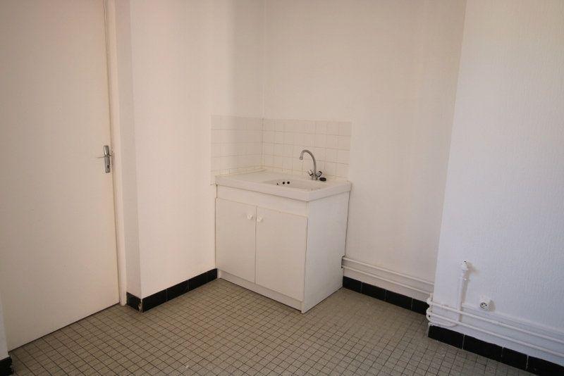 Appartement à louer 1 24.89m2 à Le Havre vignette-3
