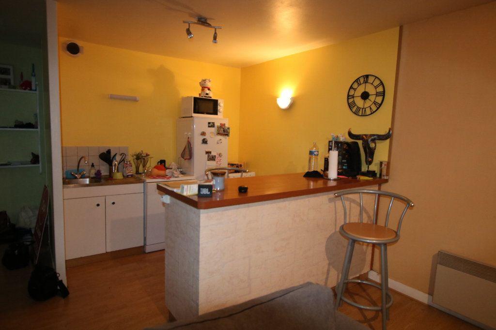Appartement à louer 2 40.19m2 à Le Havre vignette-2