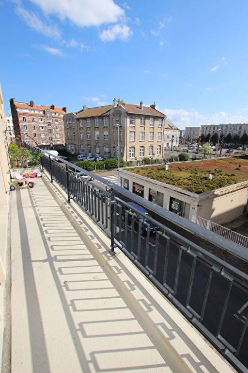 Appartement à louer 3 68.01m2 à Le Havre vignette-1