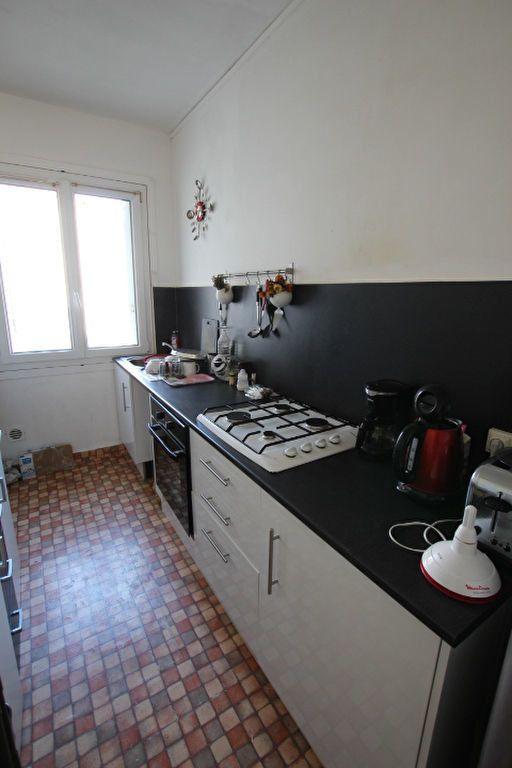 Appartement à louer 3 68.01m2 à Le Havre vignette-3