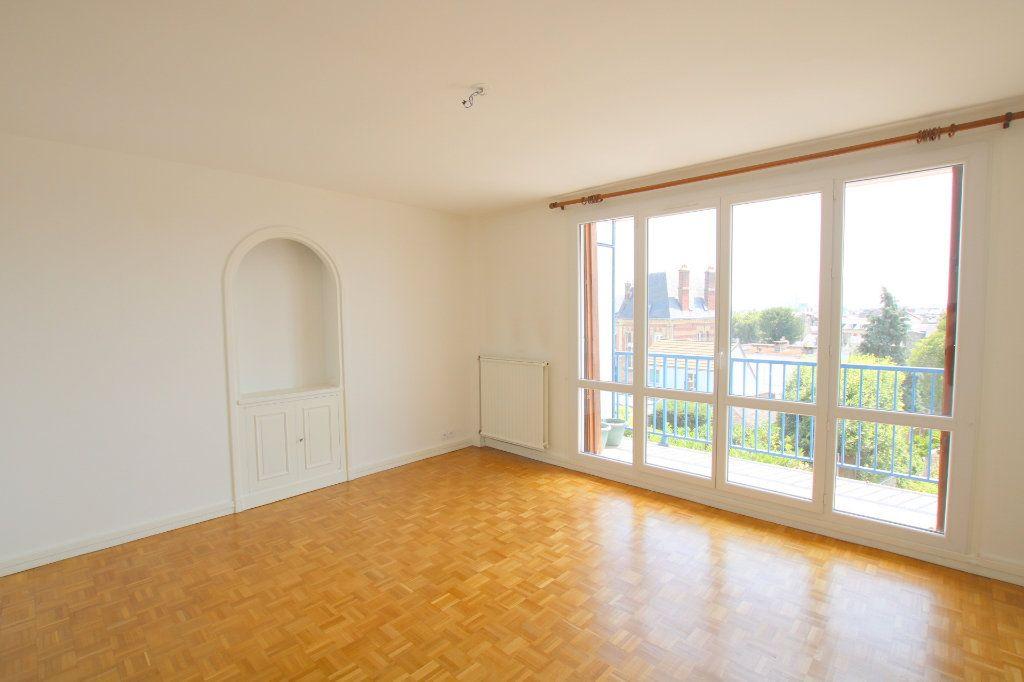 Appartement à louer 2 59.12m2 à Le Havre vignette-1