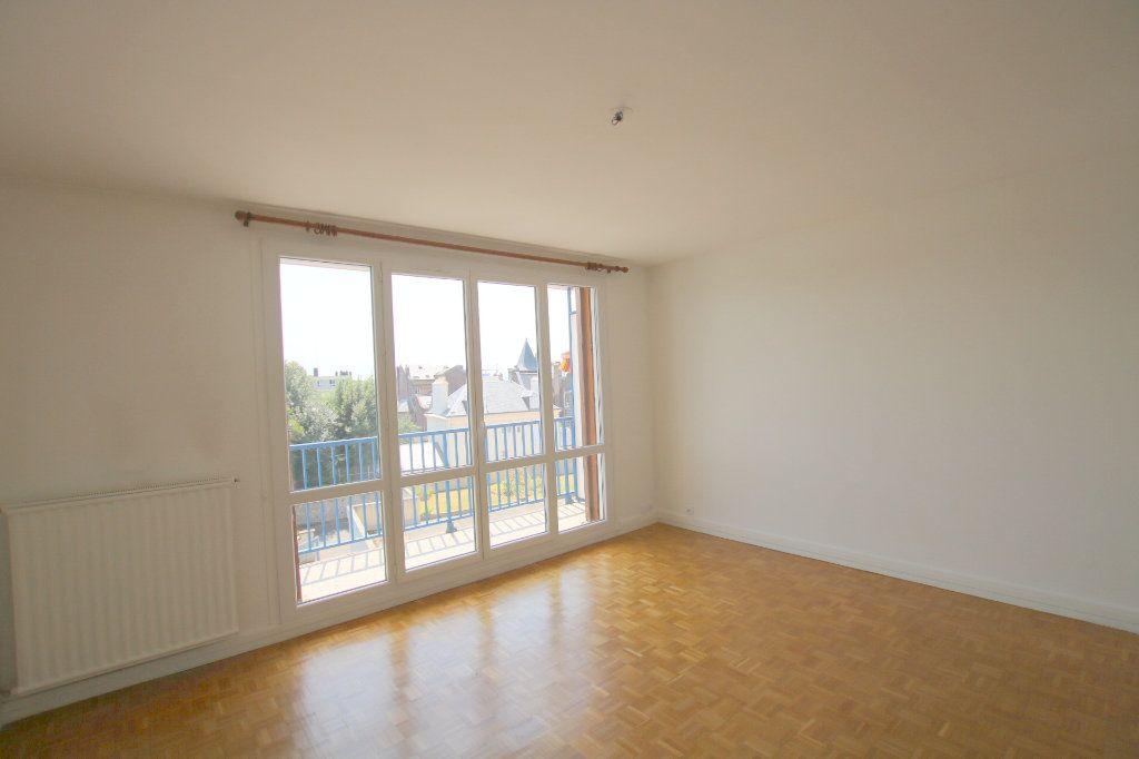 Appartement à louer 2 59.12m2 à Le Havre vignette-2