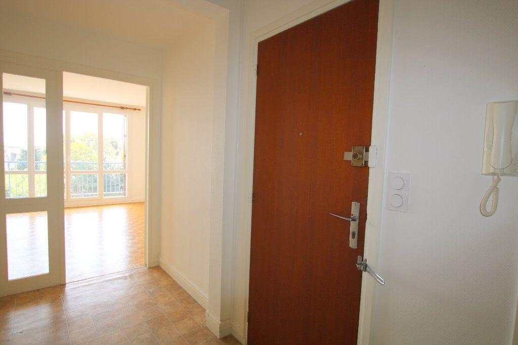 Appartement à louer 2 59.12m2 à Le Havre vignette-5