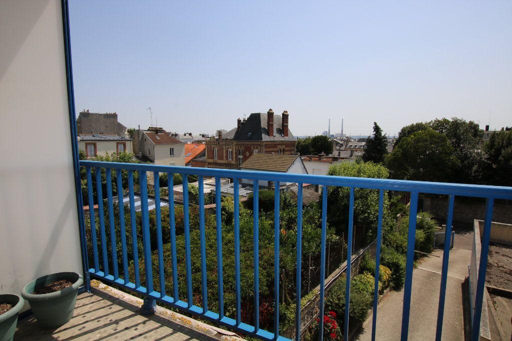 Appartement à louer 2 59.12m2 à Le Havre vignette-9