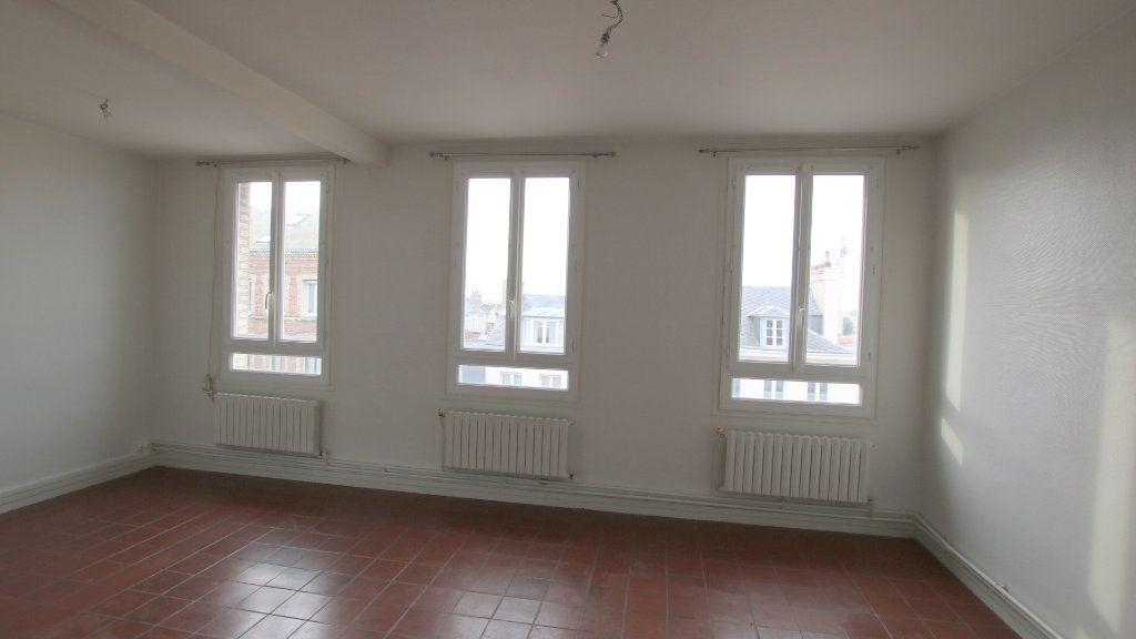 Appartement à louer 4 83m2 à Le Havre vignette-1