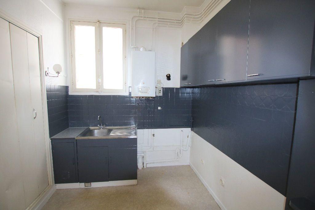 Appartement à louer 3 56.11m2 à Le Havre vignette-7