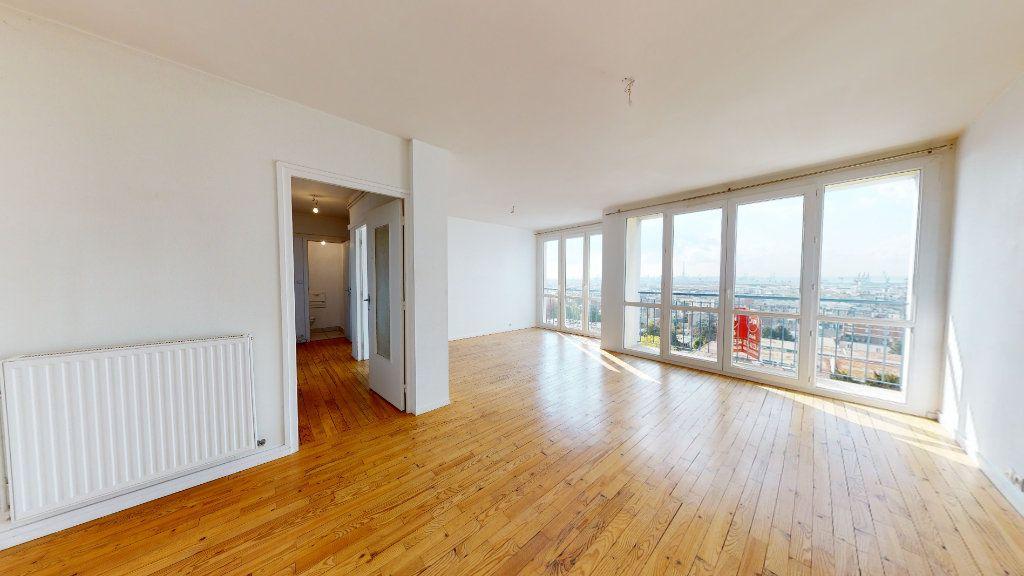 Appartement à louer 3 72.43m2 à Le Havre vignette-1