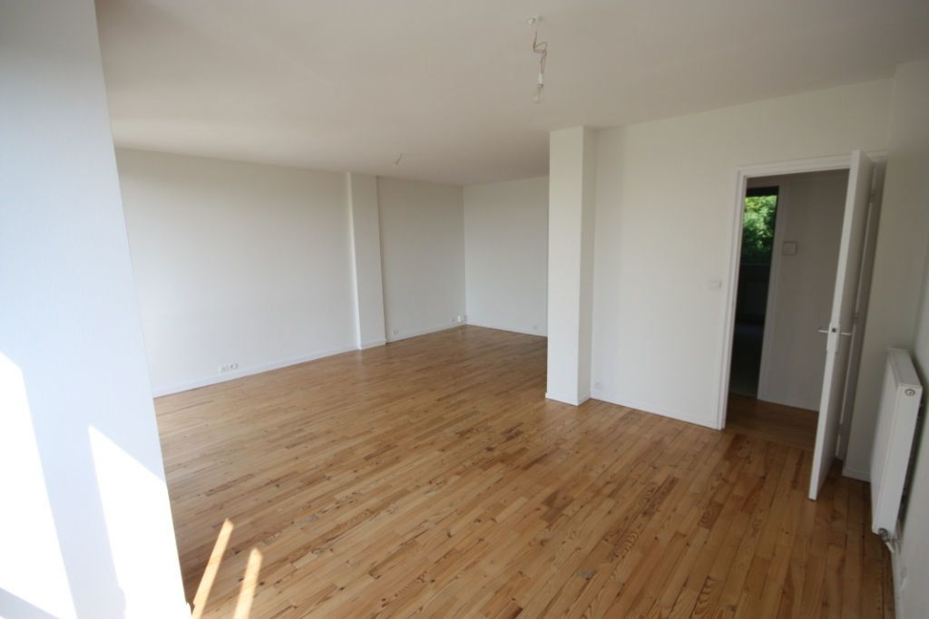 Appartement à louer 3 72.43m2 à Le Havre vignette-2