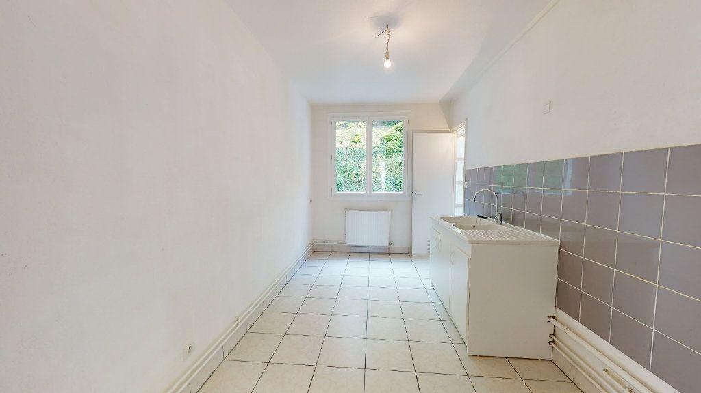 Appartement à louer 3 72.43m2 à Le Havre vignette-4