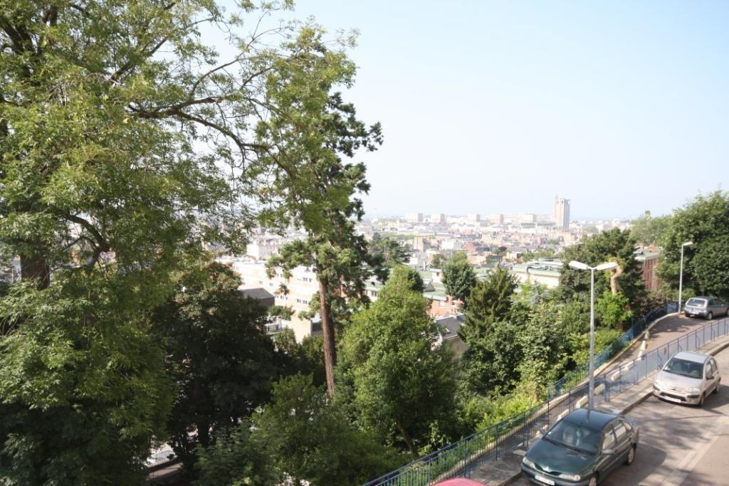 Appartement à louer 3 72.43m2 à Le Havre vignette-6
