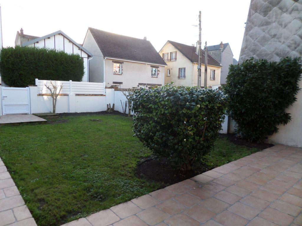 Maison à louer 3 67.68m2 à Le Havre vignette-4