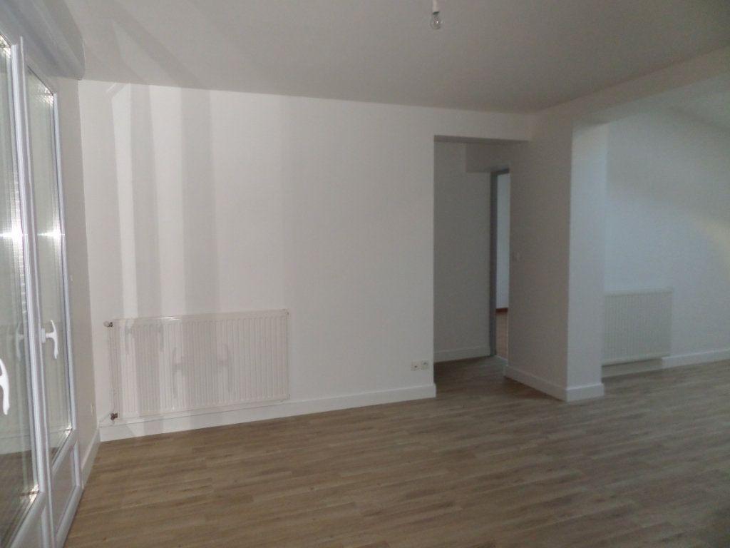Maison à louer 3 67.68m2 à Le Havre vignette-6