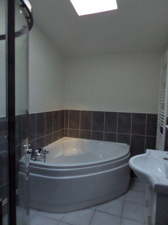 Maison à louer 3 67.68m2 à Le Havre vignette-8